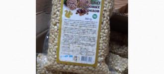 Ядро кедрового ореха. Россия, Москва